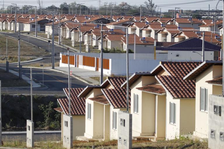 Habitações construídas pelo programa Casa Verde e Amarela.