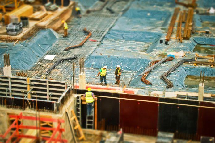 Empregos na construção civil: mais de 200 mil postos de trabalho estão previstos para 2021
